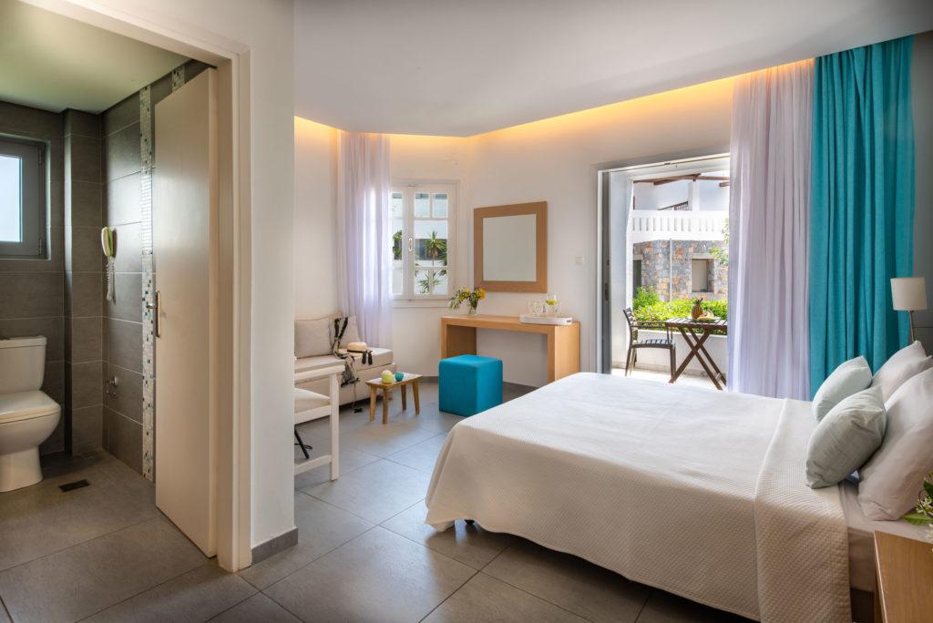 Standard Room Garden View Crete - Maritimo Beach Hotel Crete 3