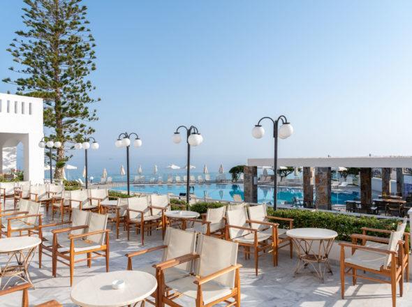 Hotel Snack Bar - Maritimo Beach Hotel 10