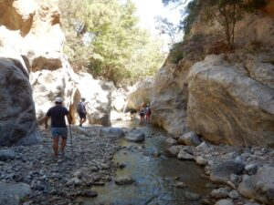 Sarakina River trekking